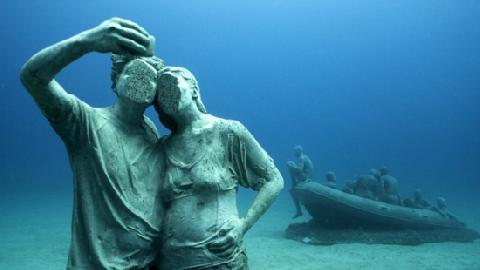 Bảo tàng điêu khắc dưới đáy biển và những điều khó tin