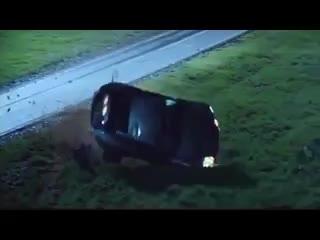 5 pha mạo hiểm xe hơi được quay thật trên phim