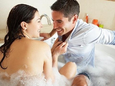 Yêu 3 tháng lãng mạn, lấy 3 năm thì...khô hạn