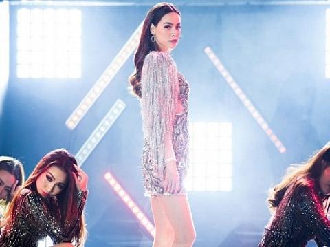 Hồ Ngọc Hà nóng bỏng thiêu đốt khán giả với hit ''Em Muốn Anh Đưa Em Về''
