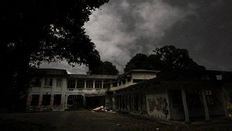 Kỳ bí ''bệnh viện ma'' - Old Changi Hospital ở Singapore