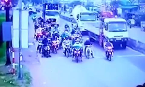 10 giây định mệnh trong tai nạn thảm khốc tại Long An