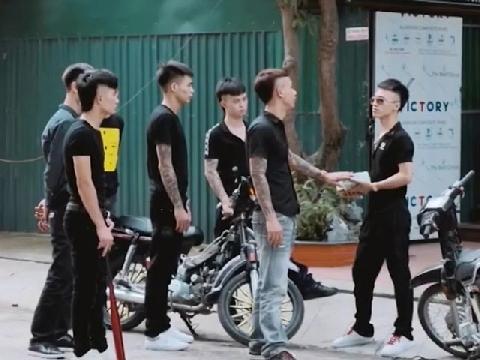 'Giang hồ online' Khá Bảnh gây sốt với phim ngắn 'Tình Anh Em'