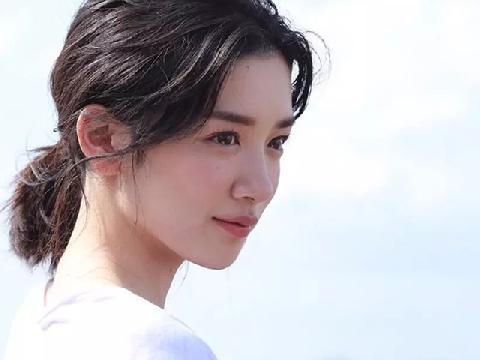 Mê mẩn với nhan sắc của nữ hoàng quảng cáo Nhật Bản