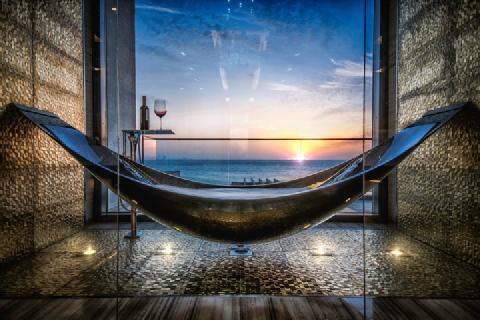 Bồn tắm hình chiếc võng giá 30.000 USD