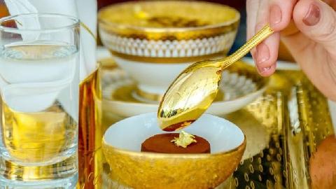 Thói quen ăn vàng của người Dubai