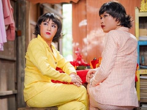 Huỳnh Lập và Quang Trung giả gái đi phá hoại đám cưới