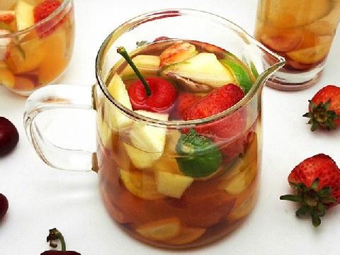 Cách làm trà trái cây giải ngấy ngày Tết