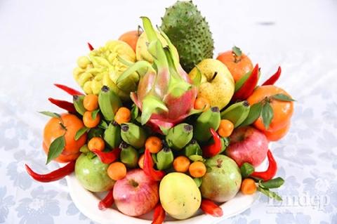 Muốn tài lộc như nước, trên bàn thờ ngày tết nên có 12 loại quả này