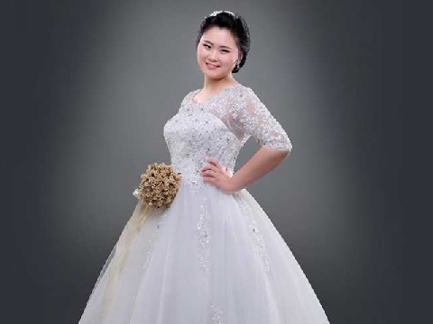 Bí kíp tạo eo cho cô dâu mũm mĩm trong ngày cưới