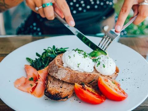 Nếu đang giảm cân hãy tham khảo ngay 5 món tráng miệng low-carb này