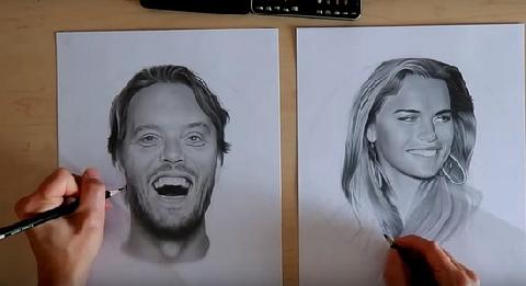 Đỉnh cao họa sĩ dùng 2 tay vẽ 2 bức tranh một lúc, bức nào cũng giống y người thật