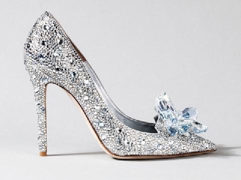 Mẫu giày lấp lánh cho các nàng dâu công chúa