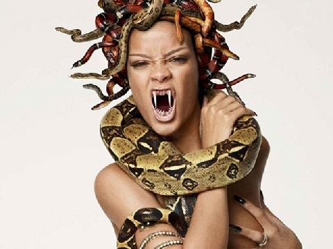 Nữ thần tóc rắn Medusa: Tiền truyện