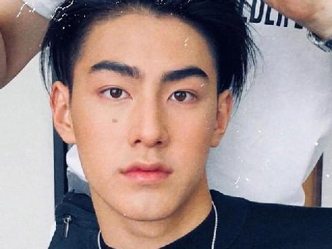 Cận cảnh gương mặt chuẩn nam thần 10X của Thái Lan