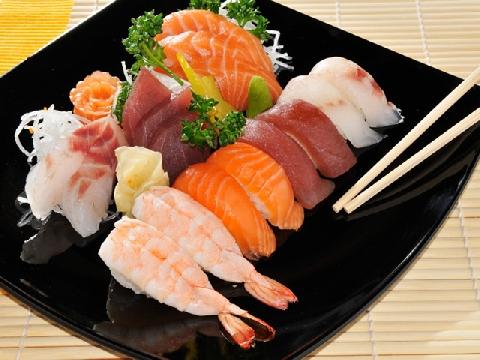 Sushi, sashimi và những cách tạo hình độc đáo