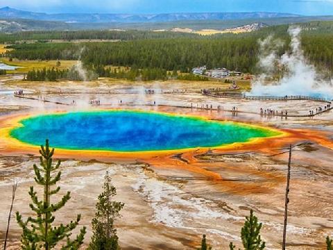Có gì bí mật ở khu vườn Yellowstone?