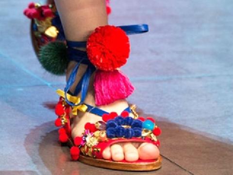 Vũ điệu của những đôi giày (p2)