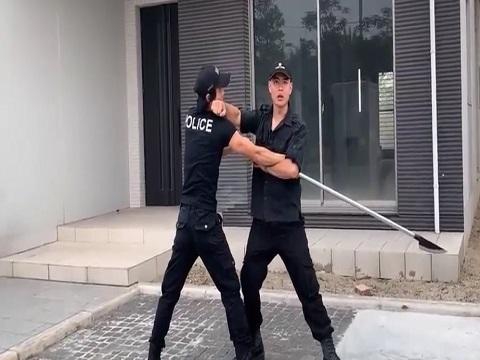 Hướng dẫn tự vệ tay không chống phóng lợn (P4)