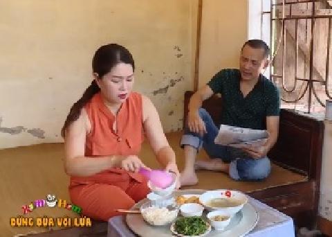Hài Trung Ruồi, Tú Vịt: Đừng đùa với lửa