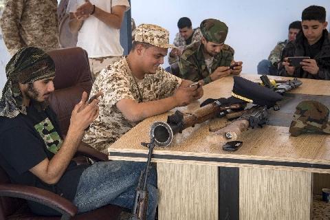 Dùng trò chơi điện tử để huấn luyện chiến đấu ở Libya