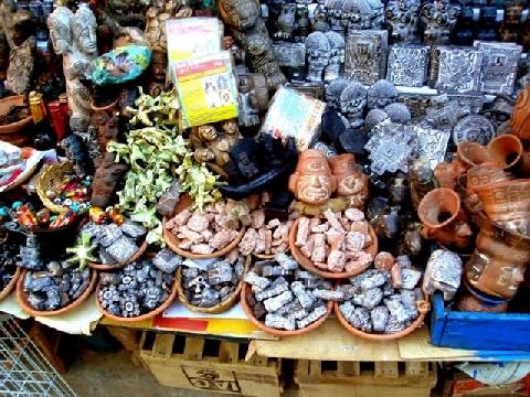 Những bào thai đáng sợ trong 'Chợ Phù Thủy' ở La Paz