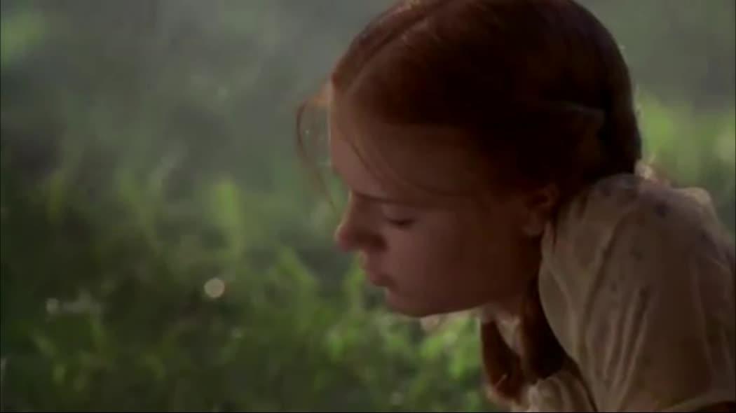 'Lolita' – Tình yêu vô đạo với cô gái tuổi 12