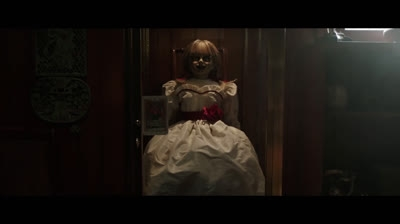 'Annabelle 3' hé lộ thêm nhiều nhân vật bị quỷ ám mới