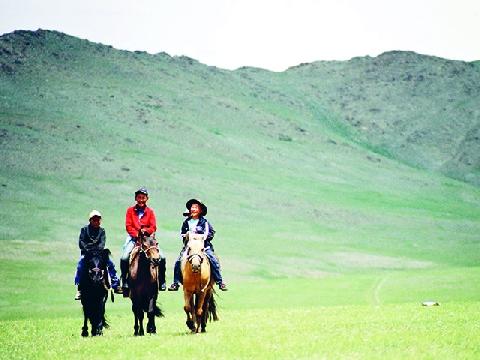 Bạn đã biết người Mông Cổ lùa nửa triệu con gia súc như thế nào chưa?