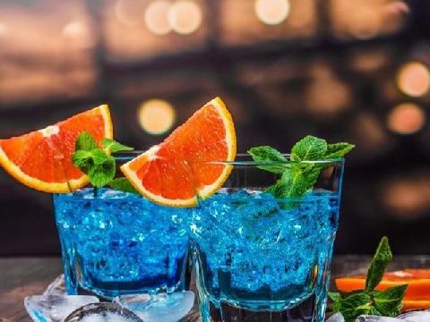 Học làm cocktail Curacao xanh sang chảnh