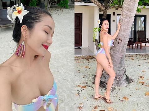 Ốc Thanh Vân diện bikini khoe dáng tại thiên đường Maldives