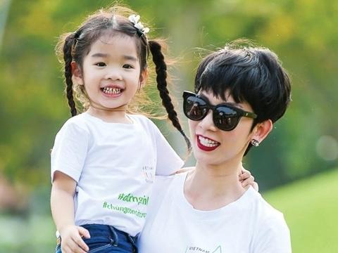 Xuân Lan tiết lộ con gái không cần bố đẻ vì đã có ba mới