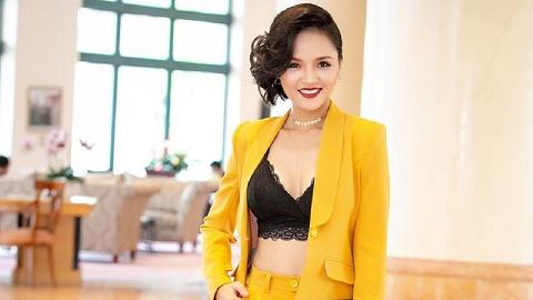 Gu thời trang quyến rũ của chị cả Thu Quỳnh trong 'Về nhà đi con'