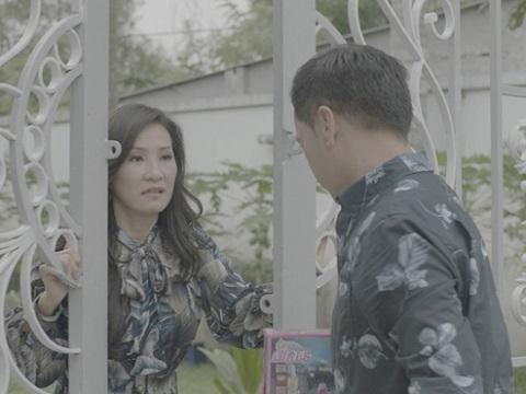 Hồng Đào thẳng tay đuổi Quang Minh ra đường khi đóng phim chung