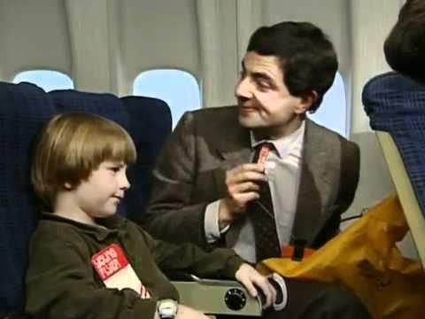 Thánh Mr. Bean lần đầu đi máy bay cười banh xác