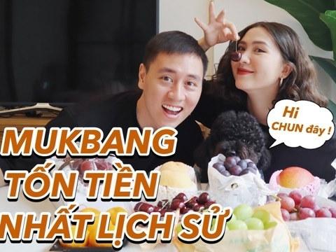 Gia đình Cam Cam gây sốc khi Mukbang hoa quả siêu đắt, chùm nho trị giá 7 triệu!