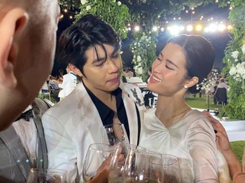 Những pha cà khịa bựa nhất đám cưới Đông Nhi
