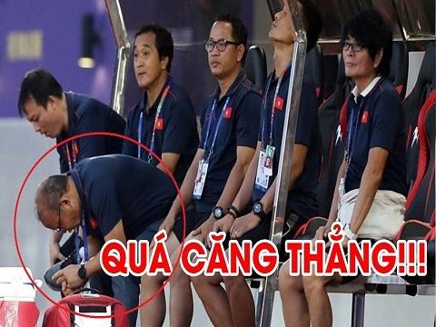 Quá căng thẳng, thầy Park không dám nhìn học trò đá penalty tiễn Thái Lan về nước