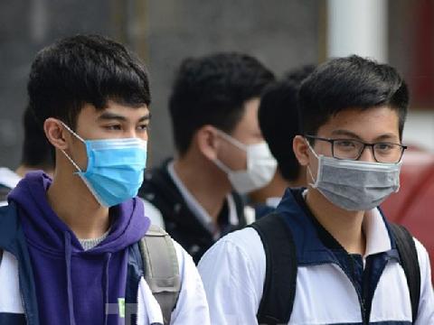 Học sinh có nên đeo khẩu trang mọi lúc phòng virus Corona?