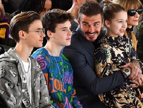 Gia đình Beckham chiếm spotlight: Bốn bố con đều là cực phẩm nhan sắc