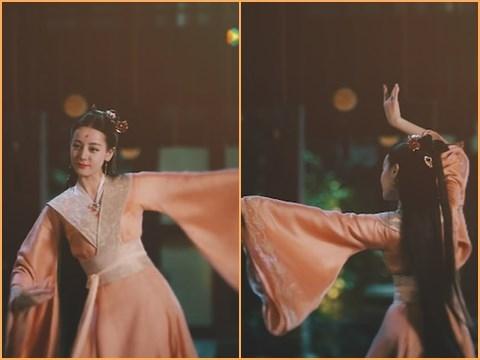 Tổng hợp những điệu múa đẹp 'hớp hồn' của Bạch Phượng Cửu