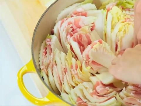Cách làm món rau cải thảo nghìn lớp của người Nhật