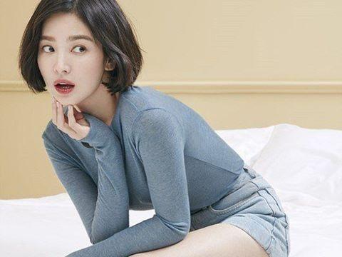 Mặc an-ti fan, Song Hye Kyo điềm nhiên khoe vẻ đẹp mặn mà tuổi 39