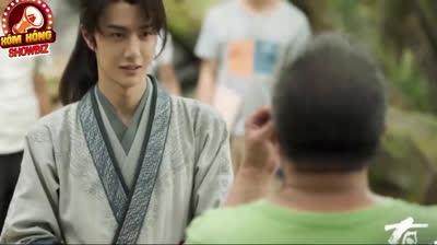 Vương Nhất Bác lộ mặt mộc khiến fans điên đảo khi kể chuyện cách ly tại phim trường
