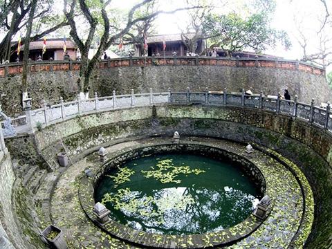Khó tin với giếng nước 2.000 năm có vị đắng