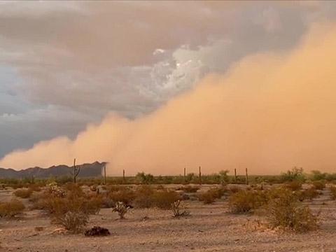 Bão cát kép xuất hiện tại Arizona siêu khủng khiếp