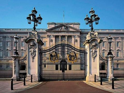 Những lời đồn khiến cung điện Buckingham nhuốm màu bí ẩn