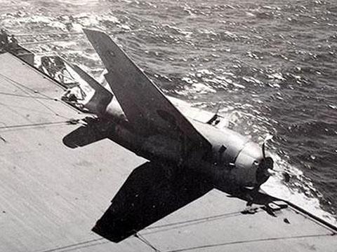 Máy bay cảm tử Ohka của Nhật nguy hiểm nhưng ''vô dụng''
